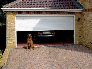 Garage in legno con 2 posti auto