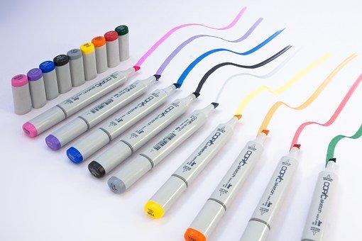 I pennarelli per la lavagna magnetica cancellabile