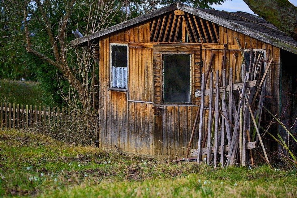 Come isolare e impermeabilizzare al meglio le casette di legno