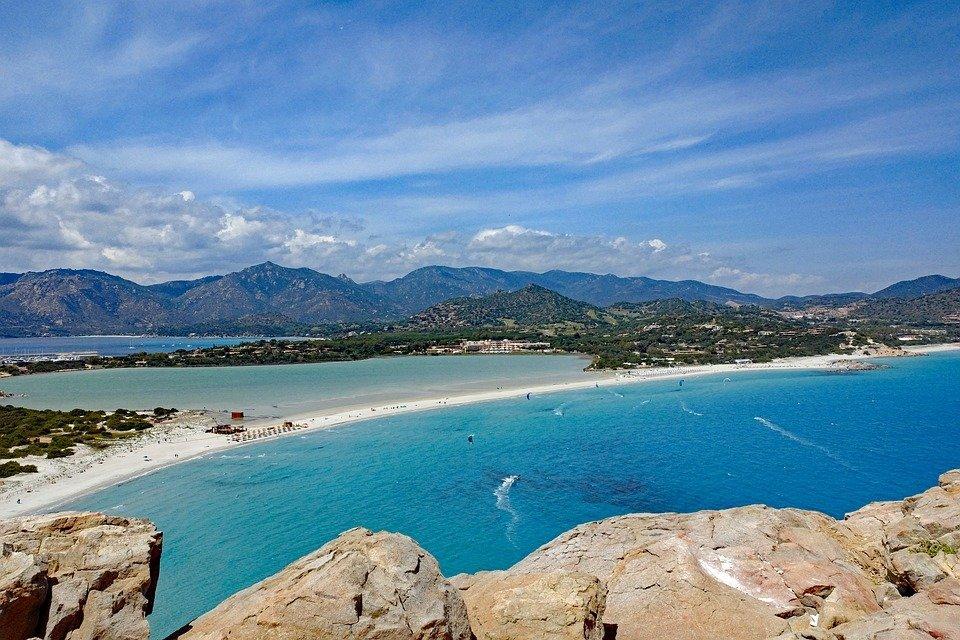 Moderni e accoglienti villaggi a 4 stelle in Sardegna