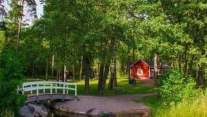 Il bello di avere una casetta di legno in giardino